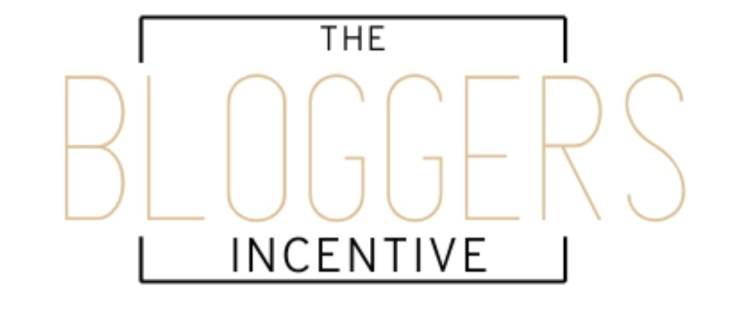The Bloggers Incentive written in black and pink with a black square outline as a blog logo.